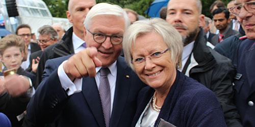 Bundespräsident Frank-Walter Steinmeier und Mechtild Jüdes-Dreesen